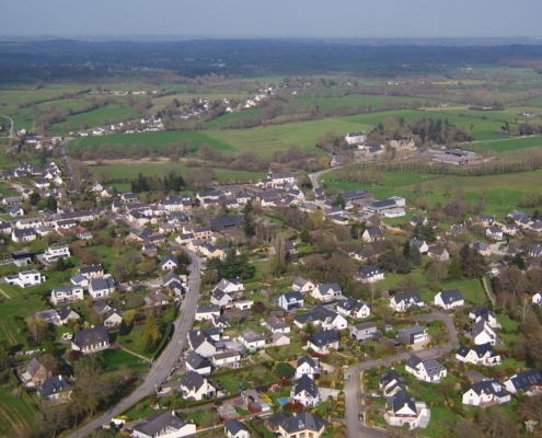 Photo aérienne de Saint-Sulpice-la-Forêt.