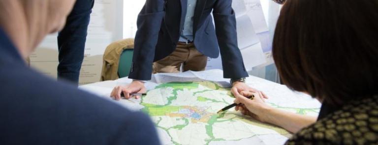 Consultation des plans du PLUi de Rennes Métropole.